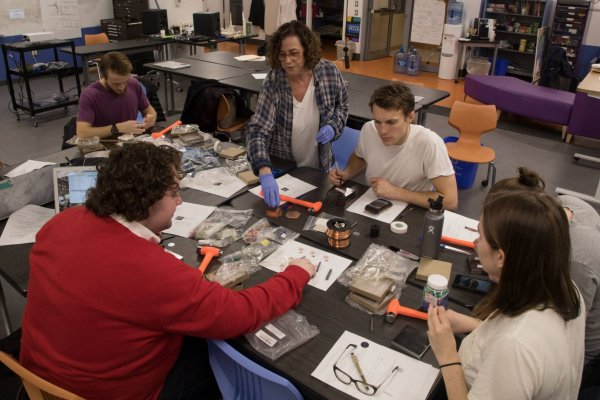 Course recreates Viking jewelry; Photo by Danielle Alio, Office of Communications